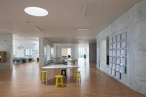 おおたかの森小中学校・複合施設が「日本建築学会賞」受賞